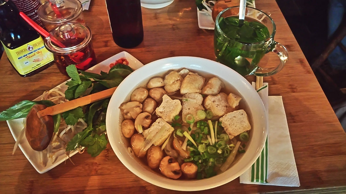 vegane Pho aus dem Restaurant Pho in London Soho
