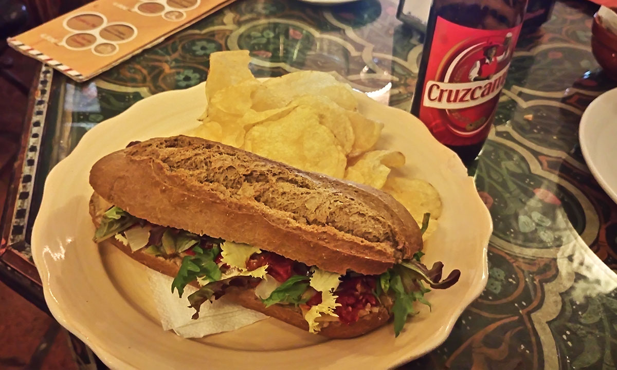 veganes Sandwich Monachil Spanien