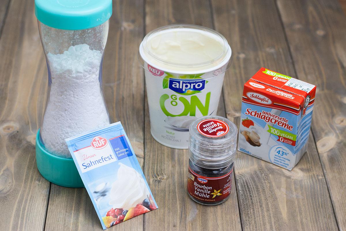 Zutaten für die vegane Sahne-Quark-Creme
