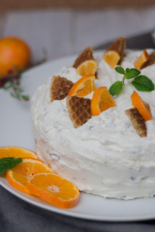 vegane Variante einer Schokokusstorte mit Mandarinen und Sahne-Quark-Creme