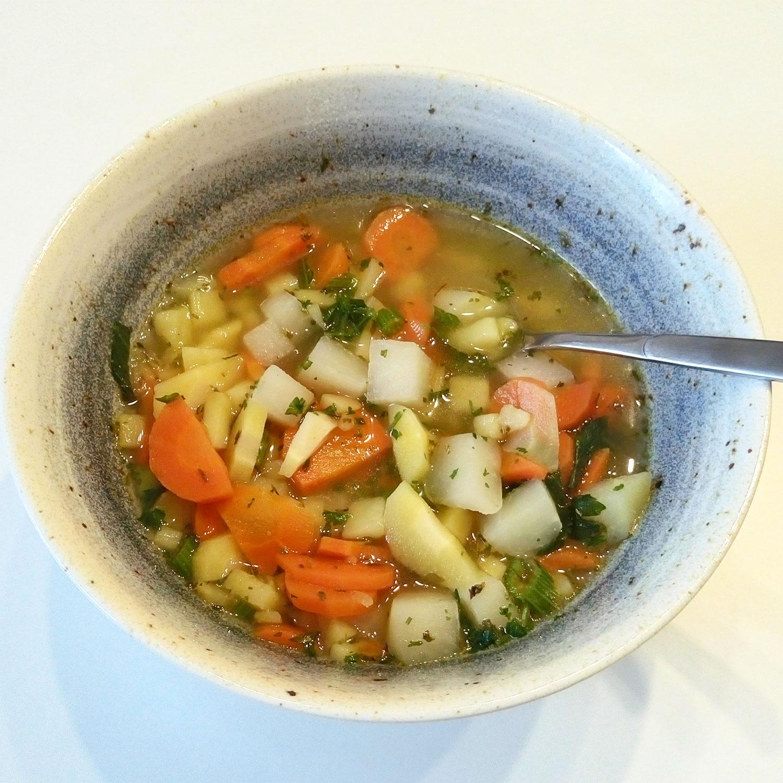 basisches Essen: Gemüsesuppe, Basenfasten