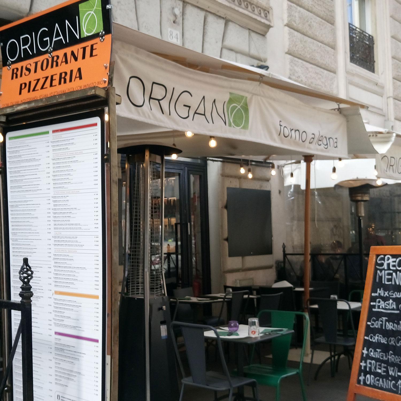vegan essen in Rom im Restaurant Origano Campo de' Fiori , von außen