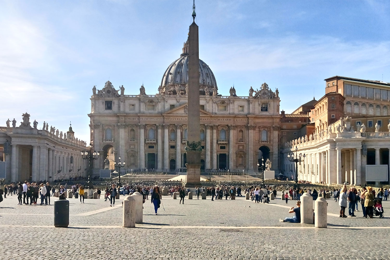 Petersplatz Vatikan, vegan essen in Rom