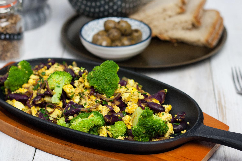 recipe for a unusual vegan breakfast skillet | Protein Breakfast Skillet vegan und glutenfrei