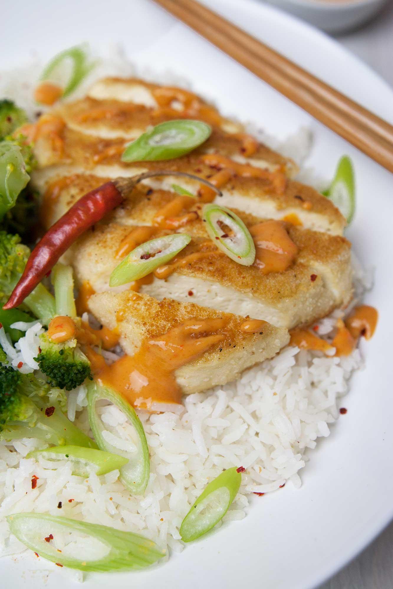 das leckere Tofufilet auf Reis