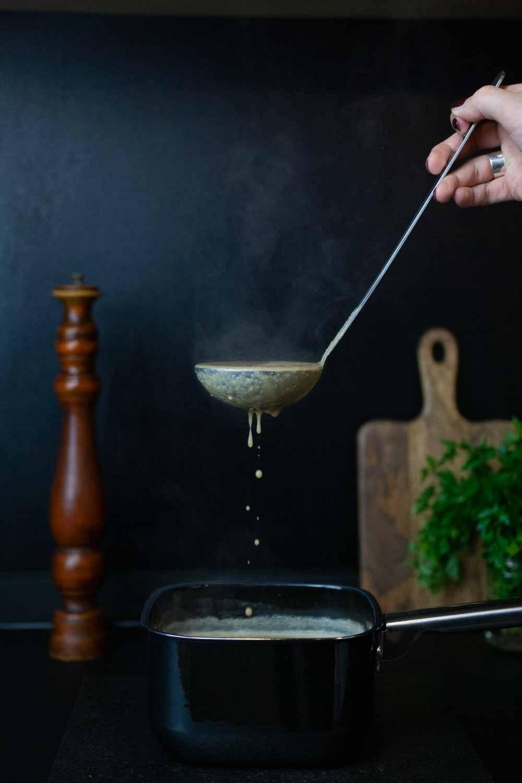 heiße, dampfende Suppe