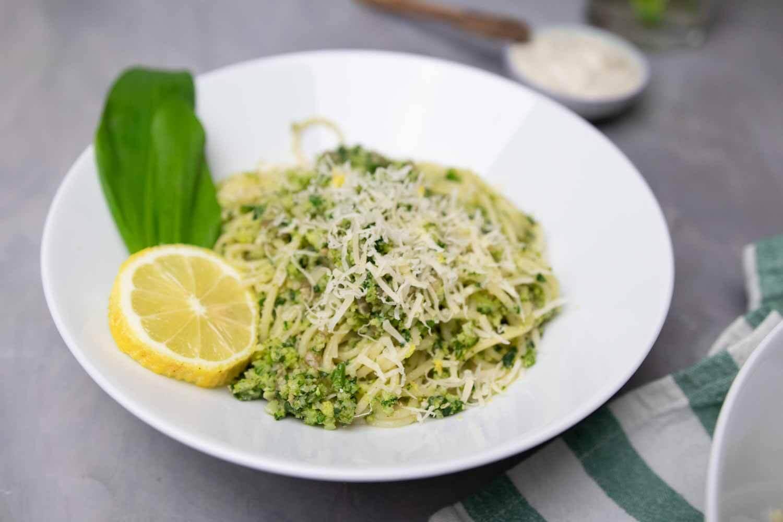 Brokkoli Pesto mit Bärlauch - vegenes Gericht