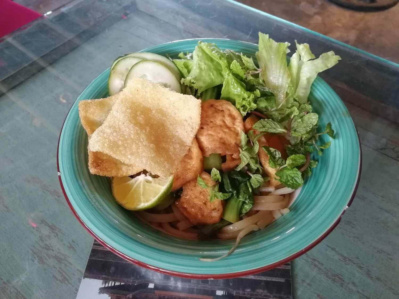 veganes Nudelgericht in Vietnam
