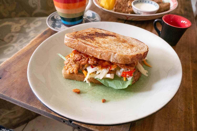 veganes Sandwich Hanoi VIetnam