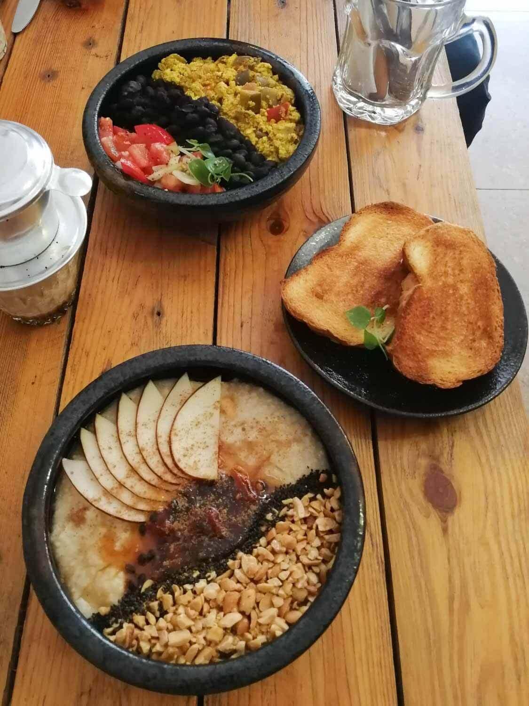 veganes Frühstück bei Brew and Breakfast in Da Lat Vietnam