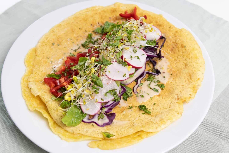 veganes Omelette herzhaft gefüllt