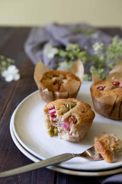 vegane Muffins mit Rhabarber