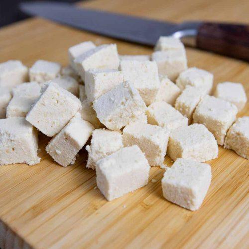 Veganer Tofu-Feta