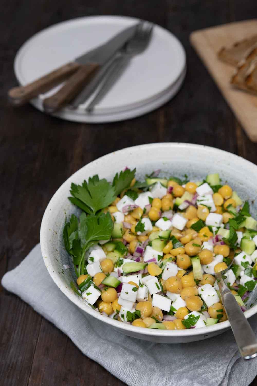 Schneller, veganer Kichererbsen-Salat