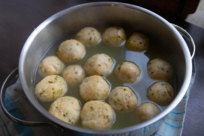 Suppenklößchen nach dem Garen