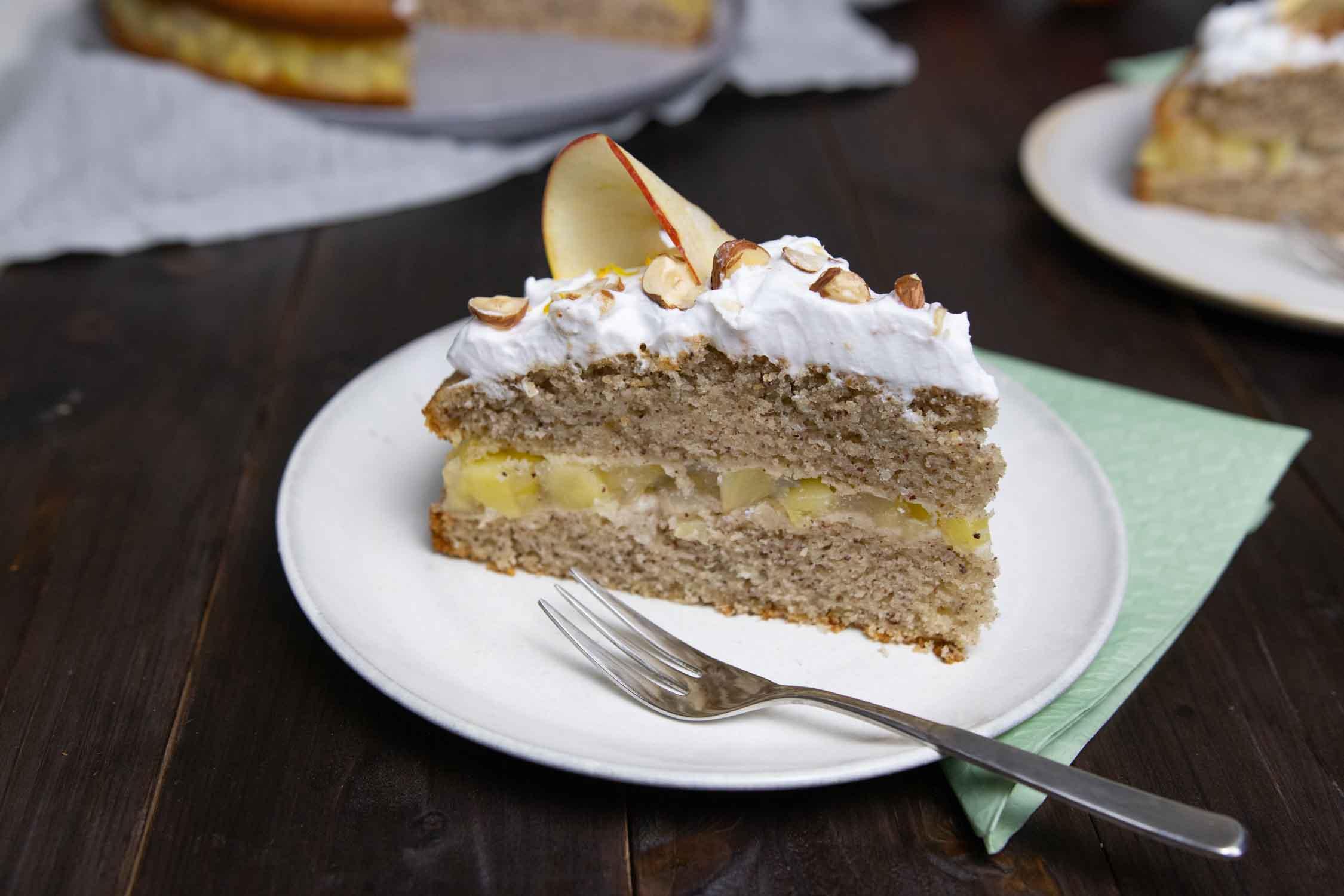 Mehrstöckige, vegane Torte