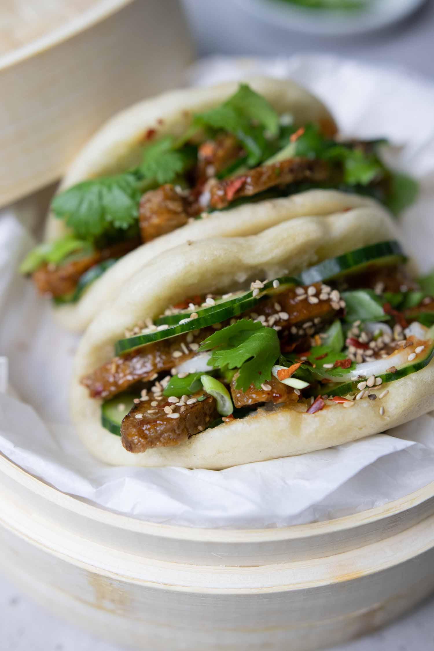 würzige, vegane Bao Burger